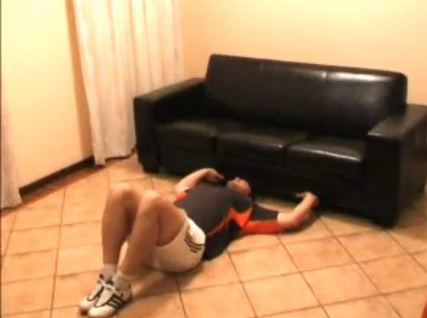 posisi istirahat perut