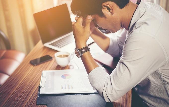 Salah dalam mencairkan suasana di kawasan kerja bisa berujung ancaman Bung Tak Perlu Bergosip Agar Dapat Respek di Tempat Kerja