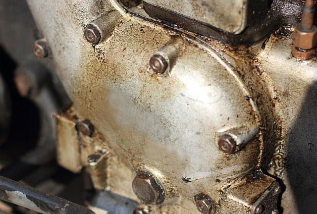 Mesin motor sanggup berumur panjang memang tergantung perawatan Mesin Motor Bisa Berumur Panjang Asalkan Tiap Pagi Dihidupkan