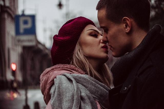 laki ada suatu keunikan tersendiri ketika membahas soal perawan dan janda Menikah dengan Janda Adalah Kebahagiaan Dibanding dengan Perawan, Bung Setuju?