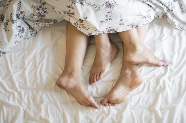 Apakah bung suka tidur dengan posisi tanpa busana atau telanjang Untuk Tingkatkan Percaya Diri, Konon Tidur Tanpa Busana Boleh Bung Coba!