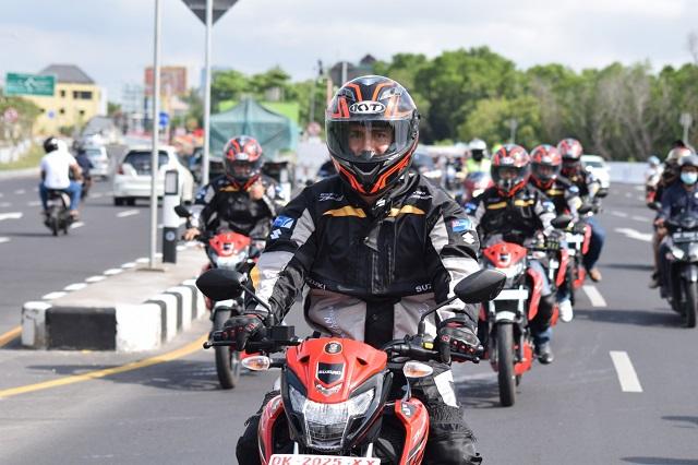 kali ini rangkaian perjalanan touring dari PT Touring Perkenalan di Bali Ala Suzuki GSX150 Bandit