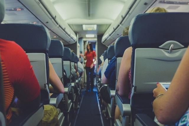 satunya alat transportasi paling menghemat waktu Membaca Buku Sampai Duduk di Bagian Depan, Adalah Kiat-Kiat Mengatasi Takut Naik Pesawat Terbang