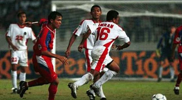 "air mata dan teriakan bangga sanggup tergambar dari raut wajah yang mendukung di sudut trib Mursyid Effendi Tentang Piala Tiger 1998 : ""Semua Cuci Tangan, Saya Menanggung Cacian"""