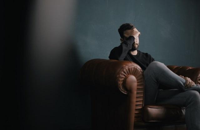 menghalangi kita untuk berkonsentrasi sama tidak fokus wacana apa yang terjadi Saat Obat Ampuh Tak Bisa Atasi Sakit Kepala, Kenapa Bung Tidak Coba Cara yang Alami Saja?